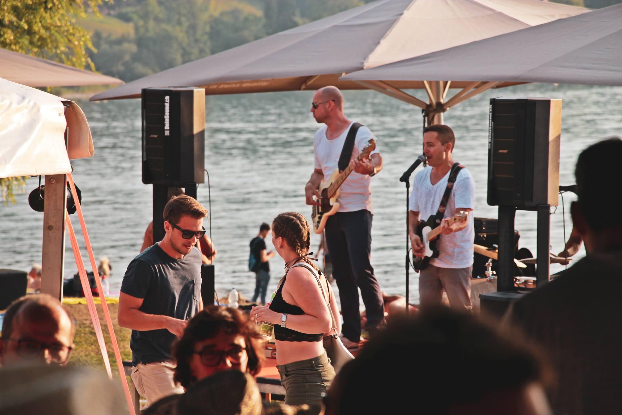Raymon Liveband Partyband Weddingband Corporateband Hochzeitsband Hochzeitsmusik Firmenfeier Firmenfest Aperomusik Loungemusik