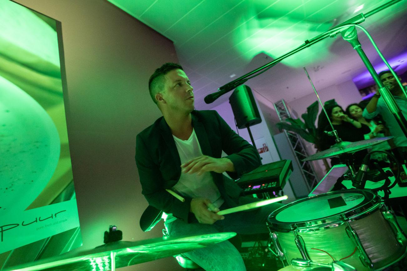 Raymon Liveband Partyband Weddingband Corporateband Hochzeitsband Hochzeitsmusik Firmenfeier Firmenfest Aperomusik Loungemusik 2